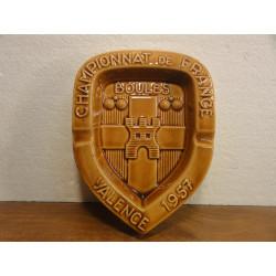 CENDRIER CHAMPIONNAT DE FRANCE DE BOULES VALENCE