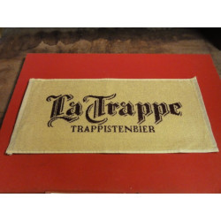 1 TAPIS DE BAR  LA TRAPPE