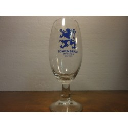 1 VERRE LOWENBRAU 40CL