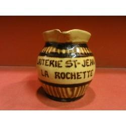 1 POT A LAIT LAITERIE ST JEAN  LA ROCHETTE