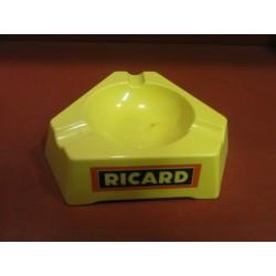 1 CENDRIER RICARD