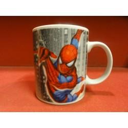 1 MUG SPIDER-MAN