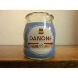 1 POT DE YAOURT DANONE  05