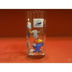 1 VERRE COLLECTOR FRANCE 98 HT. 13.40CM