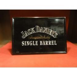 1 TOLE JACK DANIEL'S 35X24