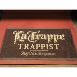 1 TAPIS DE BAR LA TRAPPE 52X24