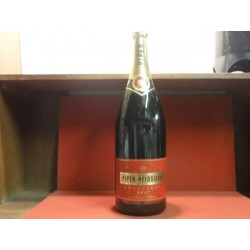 1 BOUTEILLE CHAMPAGNE PIPER -HEIDSIECK FACTICE 3 LITRES