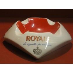 1 CENDRIER CIGARETTES ROYALE 18X18