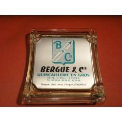 RAMASSE-MONNAIE BERGUE ANGERS 19.50CM X18CM