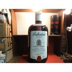 BOUTEILLE GONFLABLE  BALLANTINE'S HT. 75CM