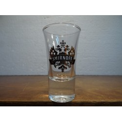 6 SHOOTERS  SMIRNOFF BLACK 5.7CL HT 8.90