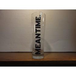 1 VERRE MEANTINE 50CL HT.21.90CM