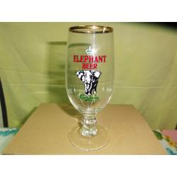 1 VERRE CARLSBERG ELEPHANT 25CL