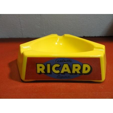 GRAND CENDRIER RICARD EN OPALINE