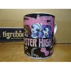 MUG MONSTER HIGH HT 8.50CM...