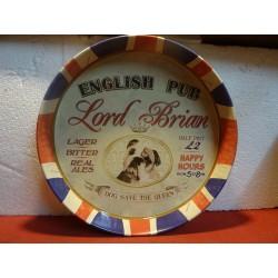 PLATEAU METAL ENGLISH PUB...