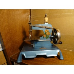 MACHINE A COUDRE BABY 20CM...
