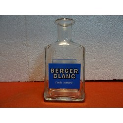 CARAFE  BERGER BLANC  HT 18CM