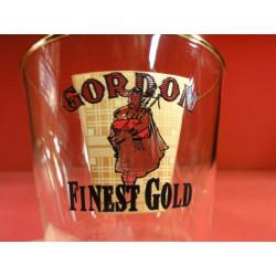 1 VERRE GORDON FINEST GOLD 33 CL