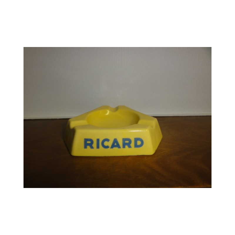 1 CENDRIER RICARD JAUNE