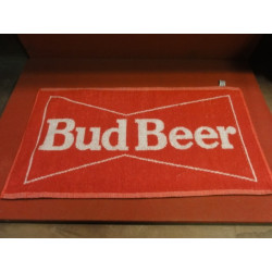 1 TAPIS DE BAR  BUD BEER