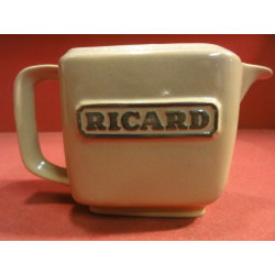 1 MINI PICHET  RICARD MARRON