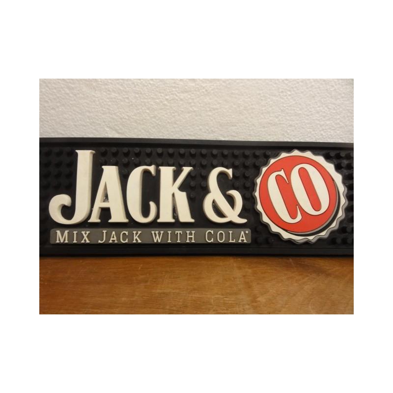 1 TAPIS DE BAR  JACK