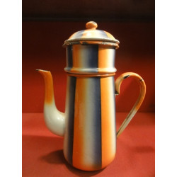 1 CAFETIERE  EMAILLEE 3 COULEURS