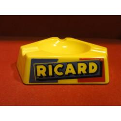 1 CENDRIER RICARD OPALINE